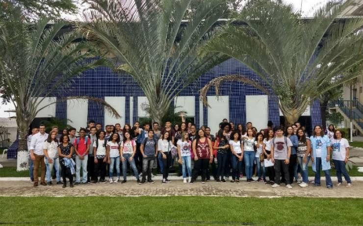 Implantação do projeto-piloto de novo ensino na Bahia