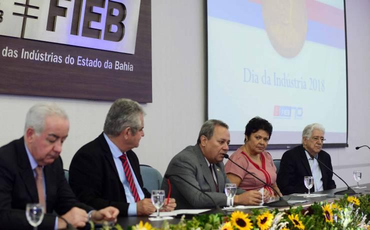 Dia da Indústria é celebrado na Federação da Bahia junto ao governo